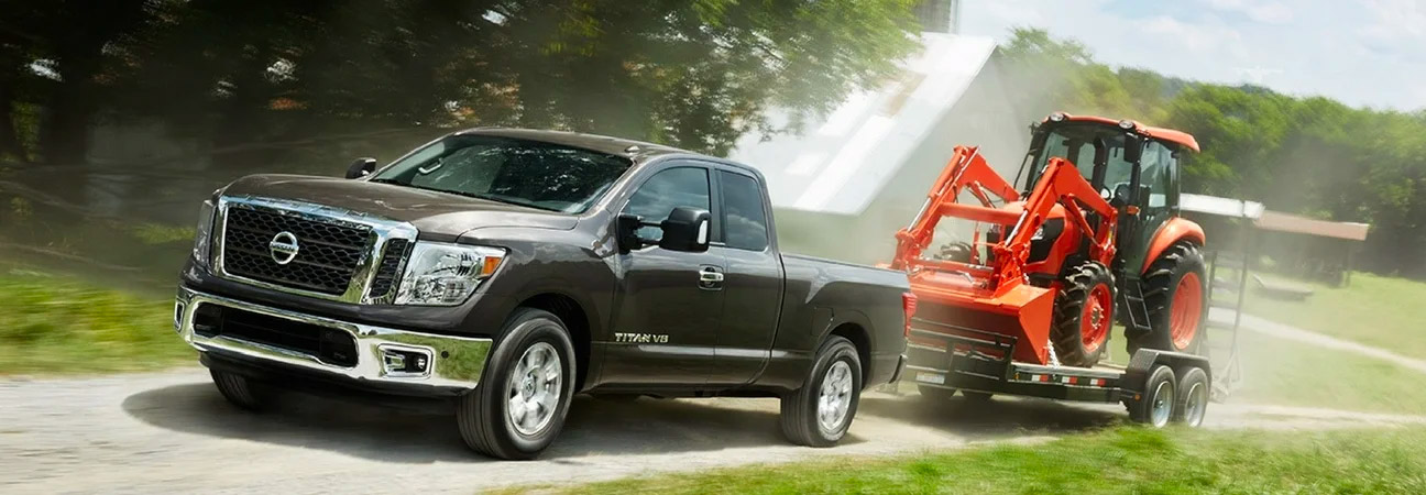 nissan titan towing tractor